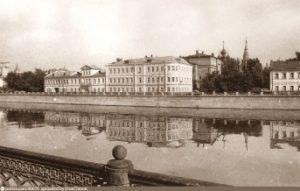 progulka_po_moskve_Pereulkami_Zamoskvorechya_ot_Kadashej_do_Pyzhej-300x191.jpg